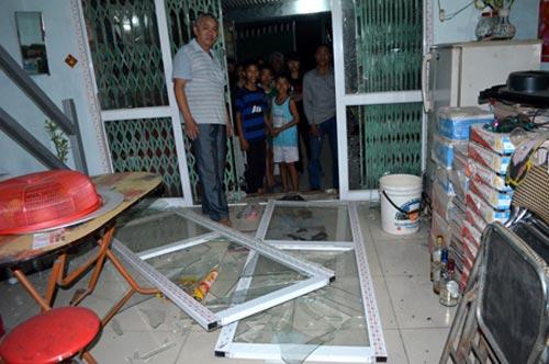 Quảng Ninh: Nổ lớn, hàng chục ngôi nhà hư hại - 4