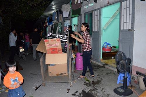 Quảng Ninh: Nổ lớn, hàng chục ngôi nhà hư hại - 5