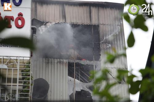 HN: Cháy lớn ở chợ Giời, dân hoảng loạn - 4