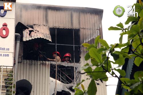 HN: Cháy lớn ở chợ Giời, dân hoảng loạn - 5