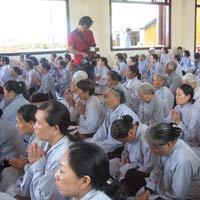 Cầu siêu cho nạn nhân vụ tai nạn ở Khánh Hòa