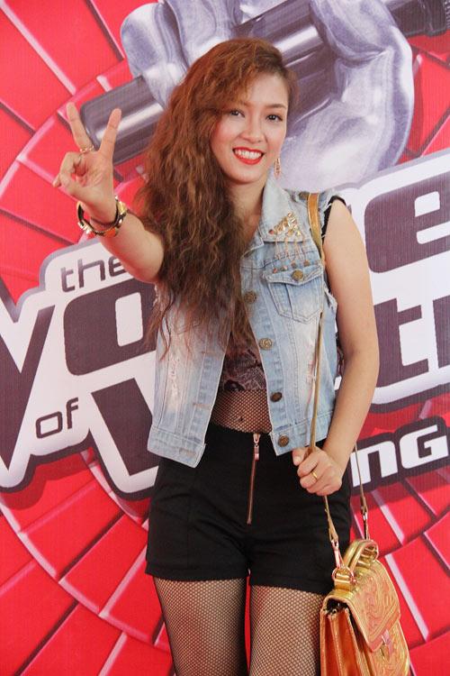 Hương Tràm, Đinh Hương mách nước thi The Voice - 4