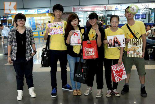 T-ara rạng rỡ tại sân bay Nội Bài - 7