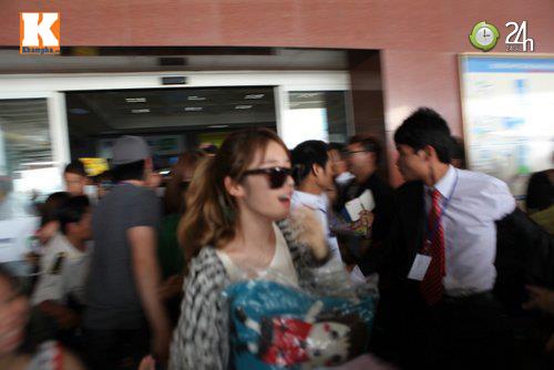 T-ara rạng rỡ tại sân bay Nội Bài - 4