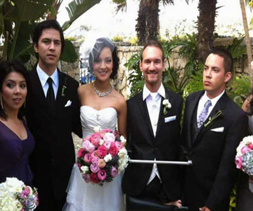 1363781172 vo nguoi khong tay chan9 Nick Vujicic and Kanae Miyahara: An Inspiring Life and Love Story