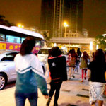 """Ca nhạc - MTV - Fan Việt """"nhiệt tình"""" rượt đuổi Minho"""