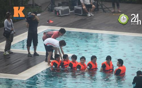 Hình ảnh mới nhất của T-ara tại Việt Nam - 5