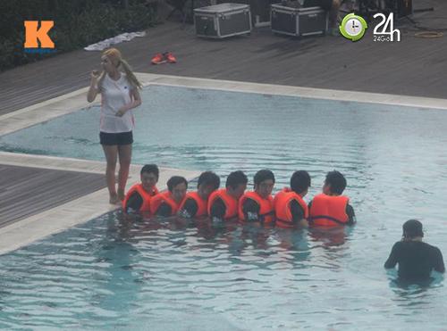 Hình ảnh mới nhất của T-ara tại Việt Nam - 8