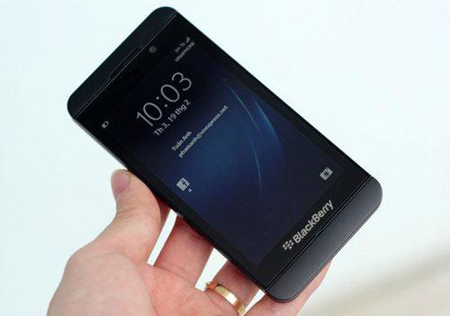 Nhật Cường Mobile: Khuyến mãi lớn khi mua Blackberry Z10 - 2
