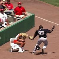 Video thể thao: Quá đà