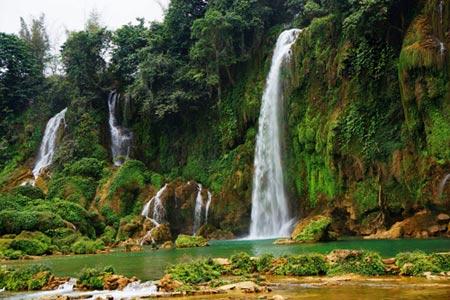 Vẻ đẹp hoang sơ của hồ Ba Bể - 4