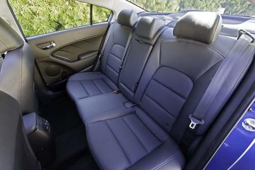 Kia Forte 2014 có giá 15.900 USD - 14