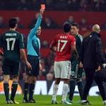 Bóng đá - Sir Alex, Nani lĩnh án phạt của UEFA