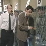 Video Clip Cười - Mr Bean: Bắt trộm