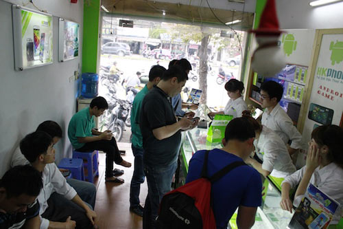 Revo HD4 có thể là smartphone khó mua của HKPhone - 3