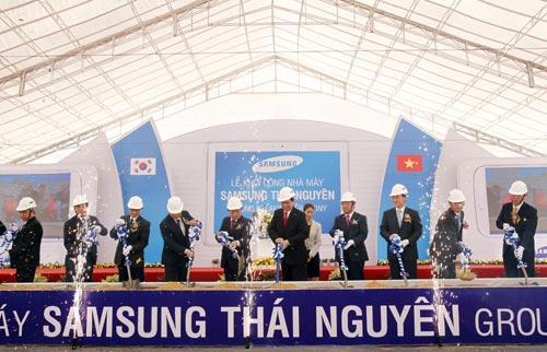 Samsung đầu tư 2 tỷ USD xây dựng nhà máy ở Thái Nguyên - 1