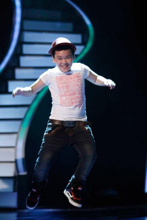 Hotgirl VN's Got Talent vào thẳng chung kết - 6