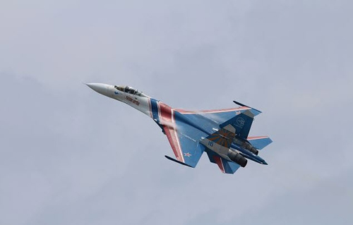 Nga, Pháp phô diễn sức mạnh của chiến đấu cơ - 13