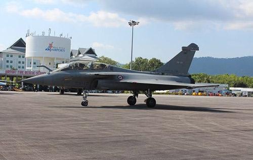 Nga, Pháp phô diễn sức mạnh của chiến đấu cơ - 8