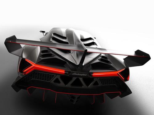 Lamborghini Veneno gầm gừ rời Geneva - 13