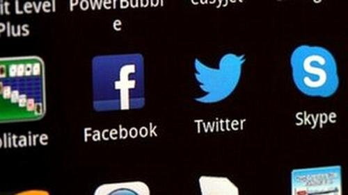 """Ứng dụng nhắn tin miễn phí có thể bị """"cấm cửa"""" - 1"""