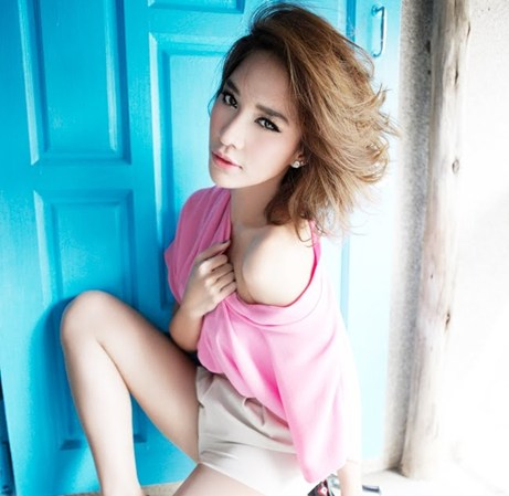 10 nữ diễn viên quyến rũ nhất Thái Lan - 10