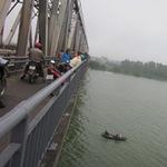 Tin tức trong ngày - Nữ sinh sư phạm nhảy cầu Bến Thủy tự vẫn