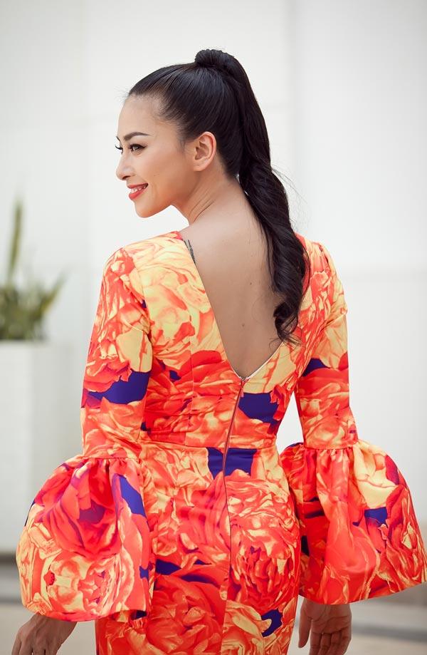 Ngô Thanh Vân chói chang với sắc hoa - 5
