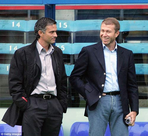 "Mourinho ""ngụy trang"" tới Stamford Bridge - 3"