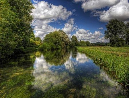 Cảnh tượng tuyệt đẹp dưới những dòng sông 'trinh nữ' - 2