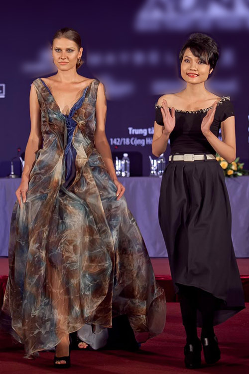 Top 12 lọt chung kết Project Runway 2013 - 11