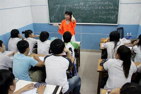 Lớp học miễn phí của cô giáo chuyển giới - 2