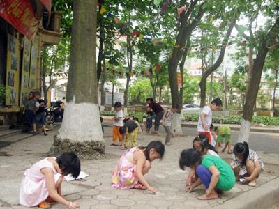Đô thị mới Hà Nội: Bùng phát mầm non tư thục - 1