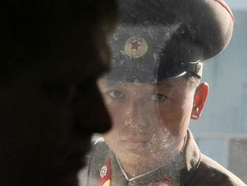 Nóng như khu phi quân sự Triều Tiên - 15