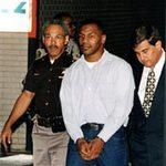 Thể thao - Mike Tyson: Cưỡng bức và tù tội