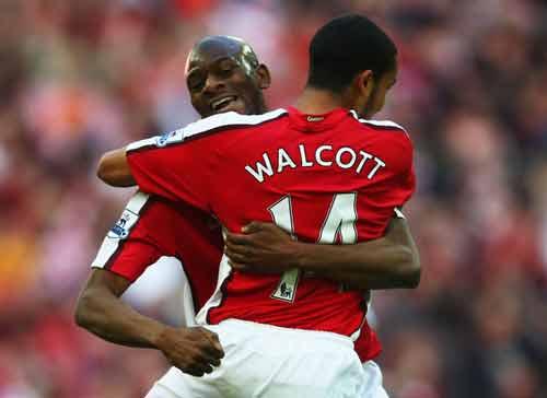 Arsenal què quặt: Sao vào top 4? - 1