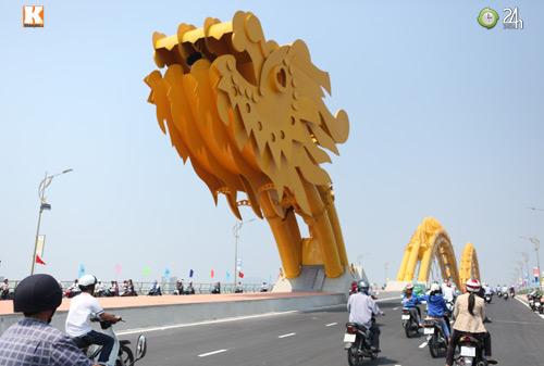 Đà Nẵng: Cầu Rồng khạc lửa ngày khánh thành - 7