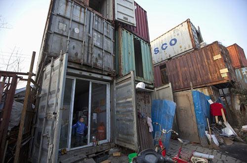 "Cuộc sống trong ""làng container"" ở Trung Quốc - 1"