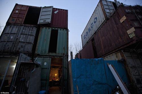 "Cuộc sống trong ""làng container"" ở Trung Quốc - 4"