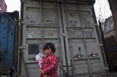 "Cuộc sống trong ""làng container"" ở Trung Quốc - 5"