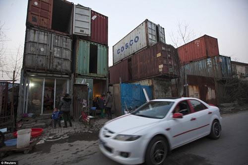 "Cuộc sống trong ""làng container"" ở Trung Quốc - 7"