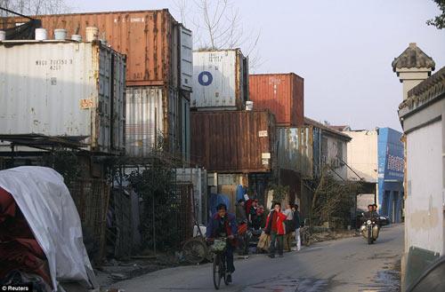 "Cuộc sống trong ""làng container"" ở Trung Quốc - 8"