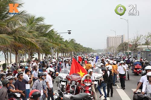 400 xe mô tô khủng rầm rập diễu hành tại Đà Nẵng - 1