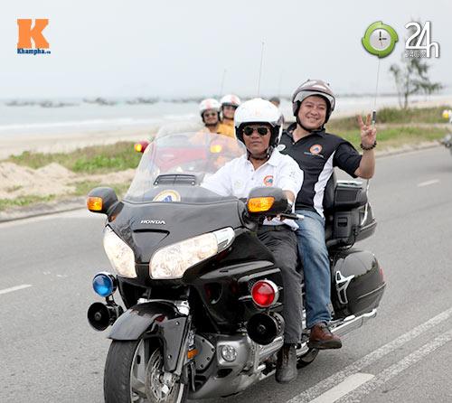 400 xe mô tô khủng rầm rập diễu hành tại Đà Nẵng - 6