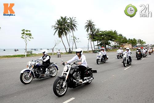 400 xe mô tô khủng rầm rập diễu hành tại Đà Nẵng - 9