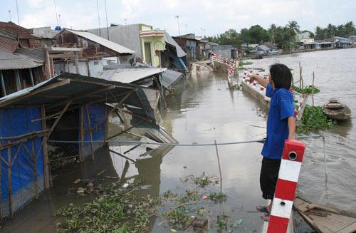 Cần Thơ: Sạt lở đất, dân hốt hoảng bỏ chạy - 5