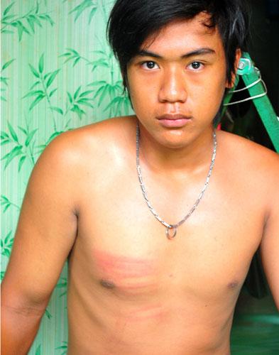 Nghi án Hào Anh ăn trộm: Gia đình cầu cứu - 1
