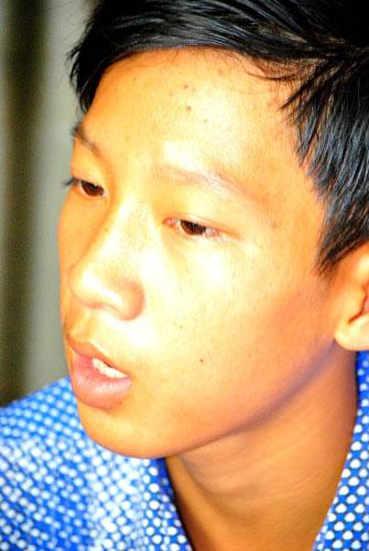 Nghi án Hào Anh ăn trộm: Gia đình cầu cứu - 2