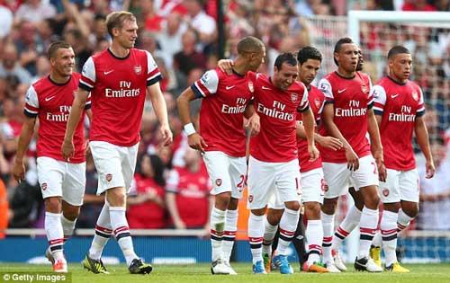 Arsenal - Reading: Vượt qua bão táp - 1