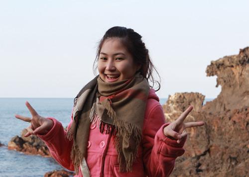 Hương Tràm, Đinh Hương nhí nhảnh tại HQ - 10